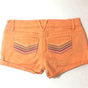 MOSSIMO Coral Jean Shorts - Chevron Pockets